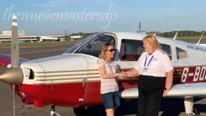 นักบิน สายการบินบริติชแอร์เวย์ผู้บุกเบิกที่เปิดเผยว่าเป็นคนข้ามเพศ