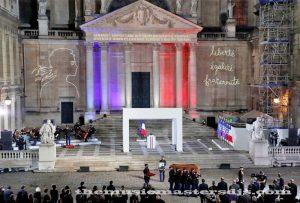 คริสตจักรฝรั่งเศส ให้เกียรติเหยื่อโจมตีนีซ