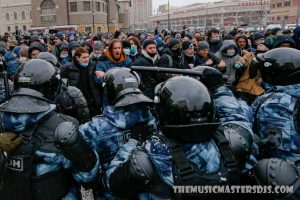 หลายพันคนประท้วงผู้นำฝ่ายค้านของรัสเซีย
