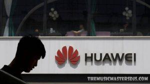 Huawei เปิดตัวสมาร์ทโฟน พับได้รุ่นเรือธง