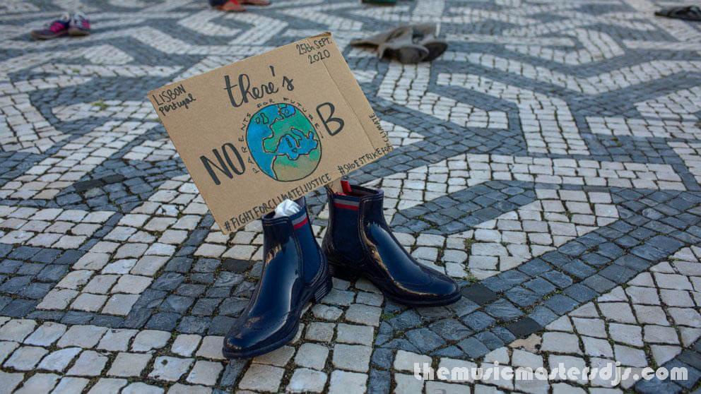 รัฐบาลต้องพิสูจน์ ในการเปลี่ยนแปลงสภาพภูมิอากาศ ศาลชั้นนำของยุโรปบังคับให้รัฐบาล 33 ประเทศพิสูจน์ว่าพวกเขากำลังลดการปล่อยมลพิษตามข้อกำหนดของ