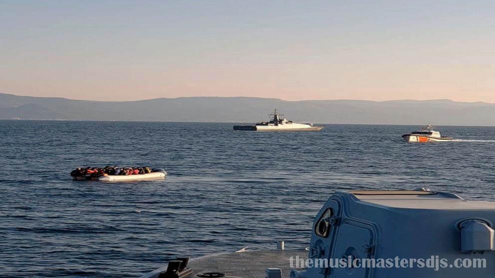 กรีซกล่าวหาตุรกี ว่าพาผู้อพยพหนีภาษีเรือ กรีซกำลังรายงานเหตุการณ์หลายครั้งกับหน่วยยามฝั่งของตุรกีในแนวน้ำแคบ ๆ ระหว่างเกาะเลสบอสทางตะวันออก