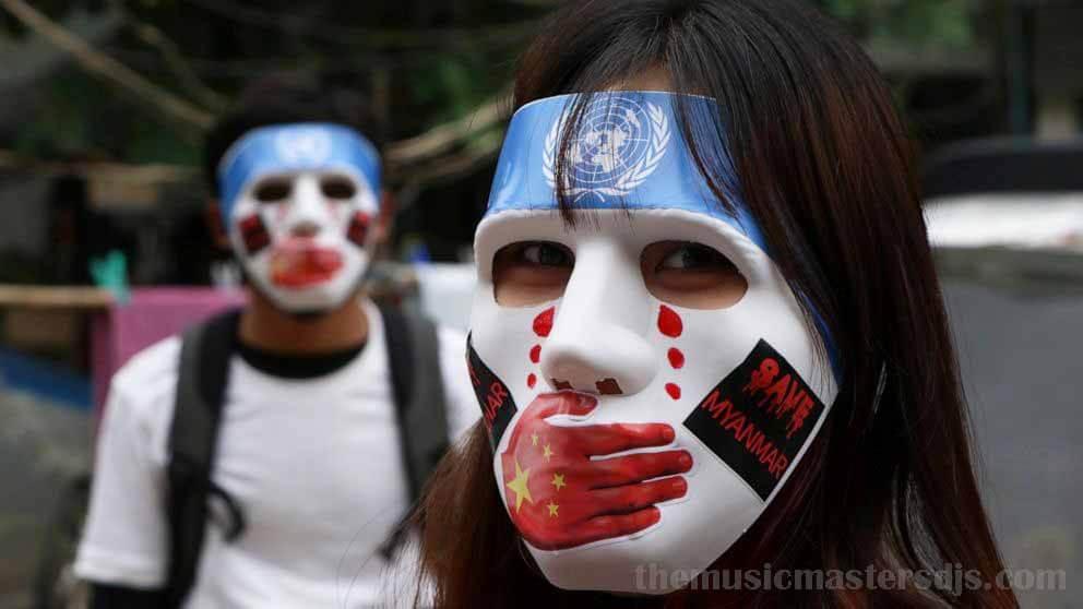 ตลาดป๊อปอัพออนไลน์ ของเมียนมาร์ระดมทุนประท้วง กองกำลังรักษาความปลอดภัยในเมียนมาร์ได้ยิงผู้ประท้วงและผู้ที่ไม่รู้อิโหน่อิเหน่เสียชีวิตอย่างน้อย