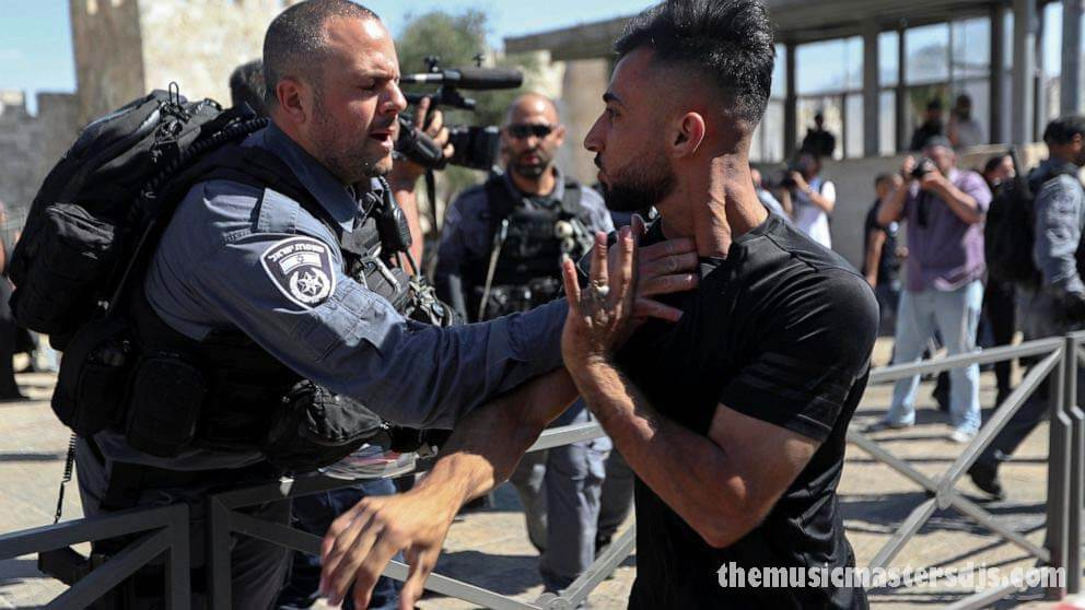 อิสราเอลเตรียมรับมือความไม่สงบจากการเดินขบวน ของฝ่ายขวาในเยรูซาเลม นักอุลตร้าชาติอิสราเอลหลายร้อยคนรวมตัวกันเมื่อวันอังคารใกล้กับเมืองเก่า
