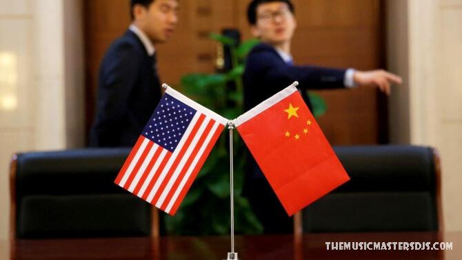 ความสัมพันธ์สหรัฐฯ จีนแน่นแฟ้นมากขึ้น ประธานาธิบดีโจ ไบเดนประธานาธิบดีโจ ไบเดนพูดคุยกับประธานาธิบดีสีจิ้นผิง ของจีนเมื่อวันพฤหัสบดี