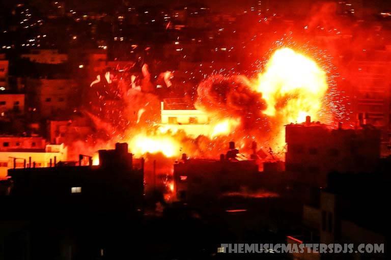 กองทัพอิสราเอล เปิดฉากโจมตีพื้นที่ของกลุ่มฮามาส ในฉนวนกาซ อิสราเอลเปิดฉากโจมตีทางอากาศกับสิ่งที่กล่าวว่าเป็นฐานทัพของกลุ่มฮามาสในฉนวนกาซา